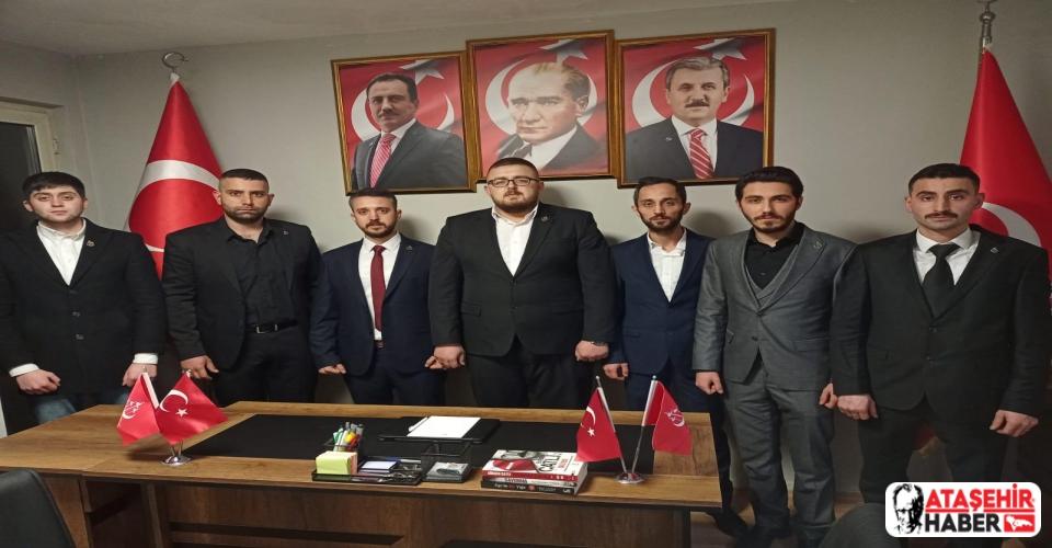 Alperen Ocakları Ataşehir'de Yenilenen Kadrosuyla Yeniden Ocağını Açtı